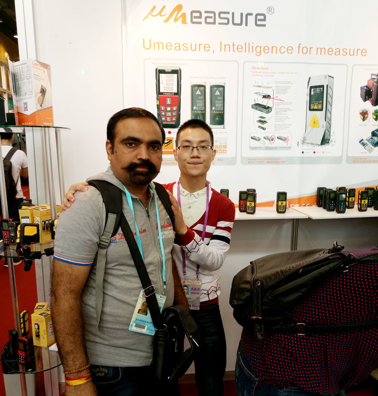 Discussed cross line laser on Canton Fair